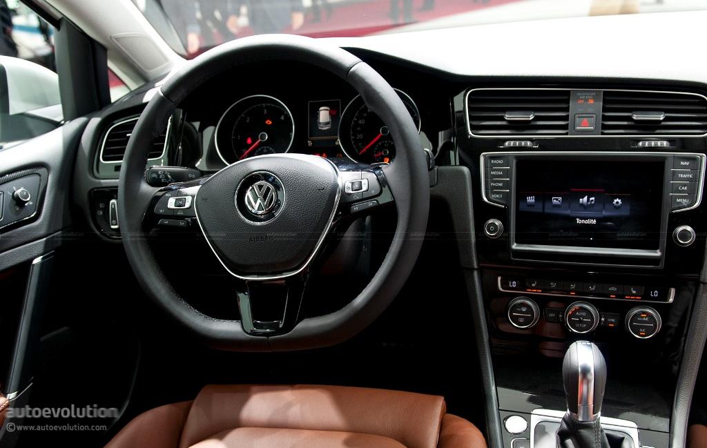 Pary 2012 Volkswagen Golf Viii 08 157