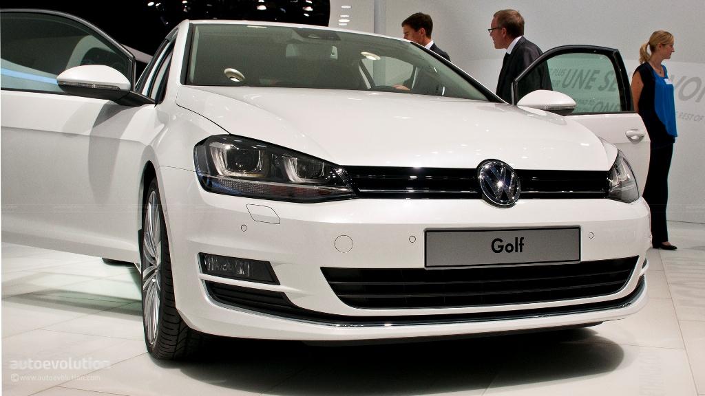 Pary 2012 volkswagen golf viii 11 485 for Garage volkswagen paris 17