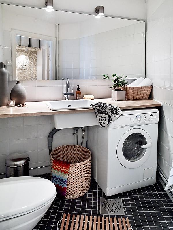 Utility Sink For Small Bathroom Space: Scandinavian Style Practical Bathroom 482