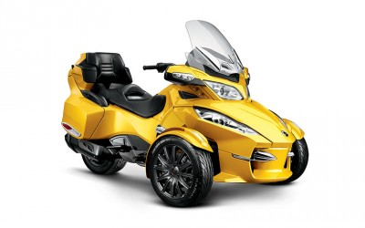 2013 Can-Am Spyder RT-S 01.jpg