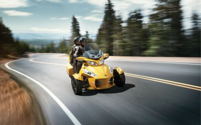 2013 Can-Am Spyder RT-S 05.jpg