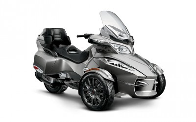 2013 Can-Am Spyder RT-S 06.jpg