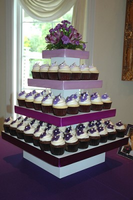 purple-wedding-cupcakes.jpg