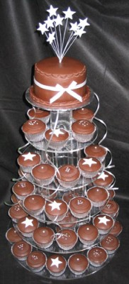 Wedding_cake_cupcake_chocolate.jpg